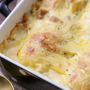 Cheesy Chicken Crescent Roll Casserole