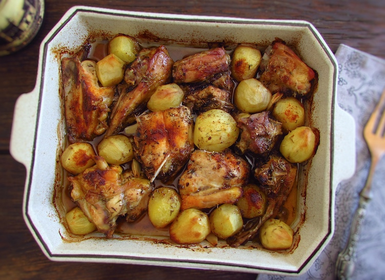 Chicken in the oven with red wine